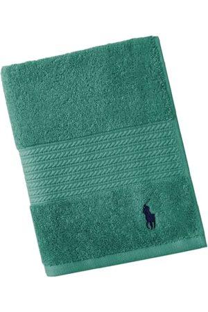 Ralph Lauren In einer Vielzahl an tollen Farben präsentieren sich die klassischen Handtücher von aus 100% luxuriöser ägyptischer Baumwolle. Sie begeistern mit ihren hochwertigen Eigenschaften, lassen sich in der Waschmaschine reinigen und sind trocknergee