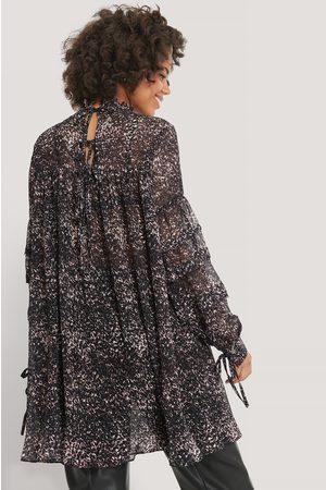 NA-KD Strukturiertes Kleid Mit Blumendruck - Multicolor