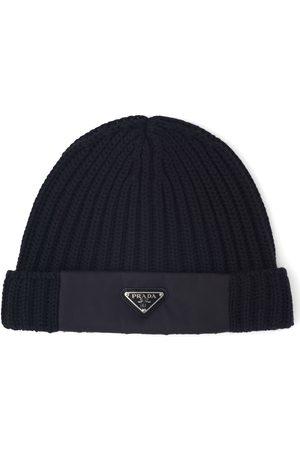 Prada Gerippte Mütze mit Logo