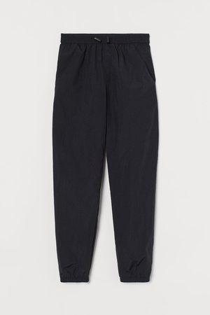H&M Jogginghose aus Nylon