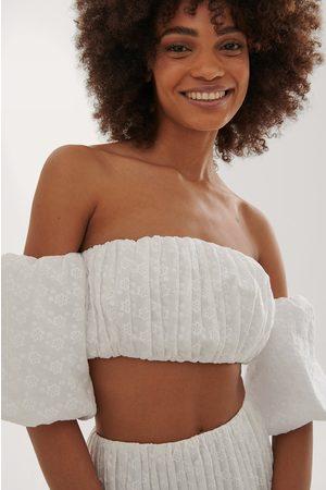Curated Styles Damen Tops - Crop-Top Mit Stickereien - White