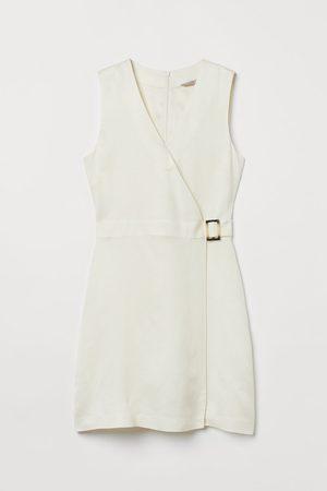 H&M Wickelkleid aus Leinenmix