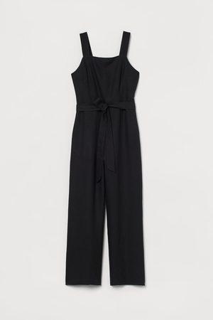 H&M Jumpsuit aus Leinenmischung