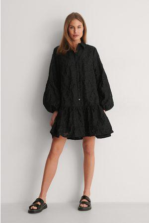 Curated Styles Ballonärmel Minikleid - Black
