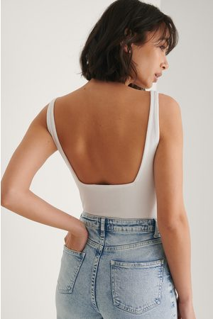 NA-KD Damen Bodys - Jersey-Body Mit Rüschen - White