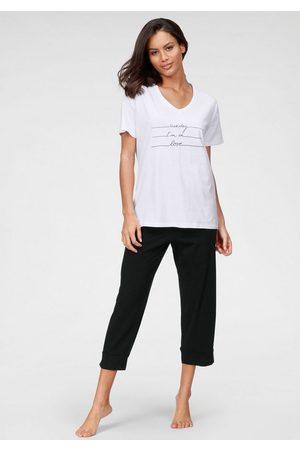 Schiesser Capri-Pyjama mit Frontdruck