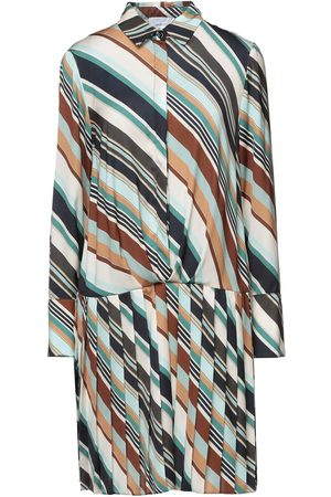 CLIPS KLEIDER - Kurze Kleider