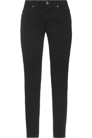 FRANKIE MORELLO Damen Hosen & Jeans - HOSEN - Hosen