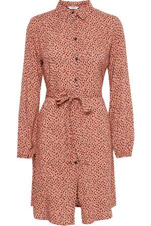 B YOUNG Hemdblusenkleid mit Allover Print