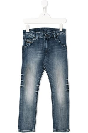 Diesel Jungen Tapered - Tapered-Jeans im Distressed-Look