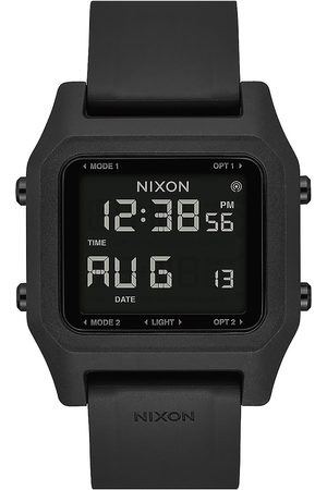 Nixon The Staple Watch