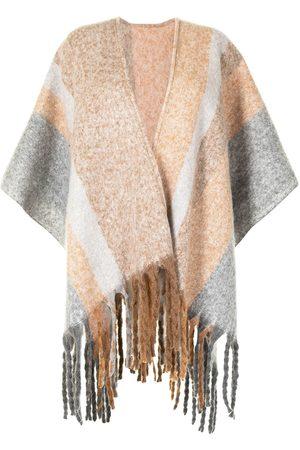 Unreal Fur Ecuador Poncho