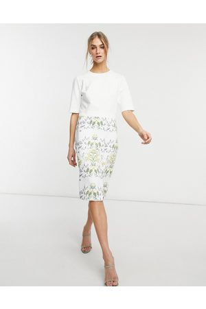 Ted Baker – Popina – Midikleid in Creme