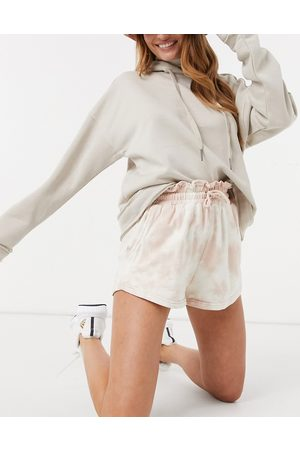 In The Style – Jac Jossa – Shorts mit hoher Paperbag-Taille und Batikmuster-Mehrfarbig