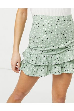 Miss Selfridge – Minirock mit Volants und Blumenmuster in