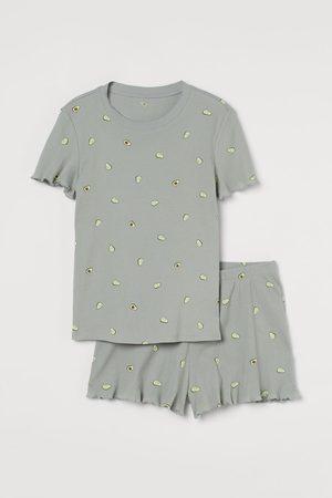 H&M Schlafshirt und Shorts