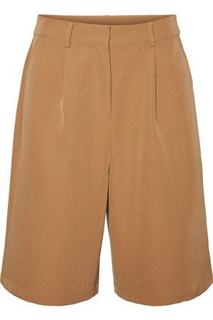 AWARE by Vero Moda Shorts 'Orlanda