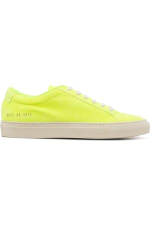 COMMON PROJECTS Neonfarbene Achilles Sneakers