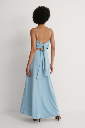 Curated Styles Maxikleid - Blue