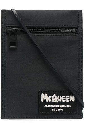Alexander McQueen Schultertasche mit Logo-Patch