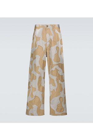 UNDERCOVER Bedruckte Hose aus Baumwolle