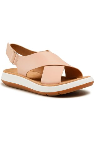 Clarks Jemsa Cross 261584264 Light Pink