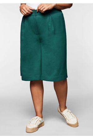 Sheego Damen Bermuda Shorts - Bermudas aus Crêpe, mit weitem Bein und Kellerfalte, opalgrün, Gr.44