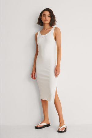 Calvin Klein Damen Freizeitkleider - Geripptes Kleid Mit Trägern Und Micro-Branding - White