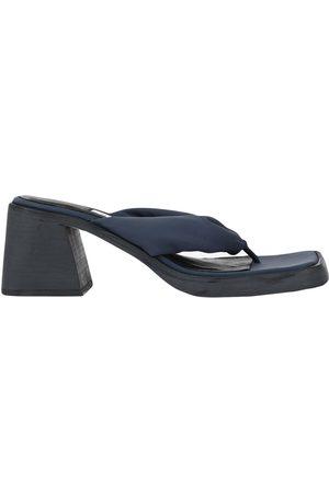 Miista Damen Flip Flops - SCHUHE - Zehentrenner