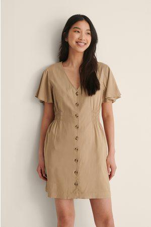 NA-KD Mini-Länge Knopf Kleid