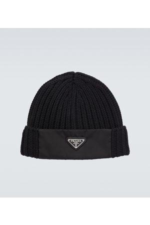Prada Hüte - Mütze aus Wolle und Re-Nylon