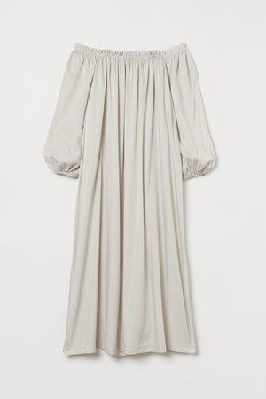 H&M Off-Shoulder-Kleid