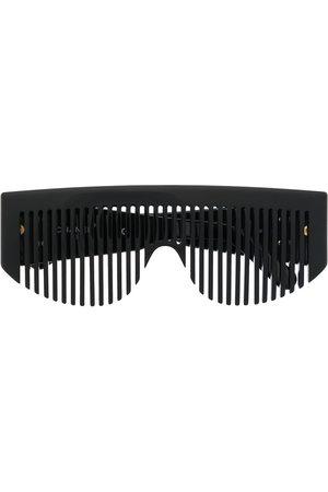 CHANEL Sonnenbrille in Kammform mit CC