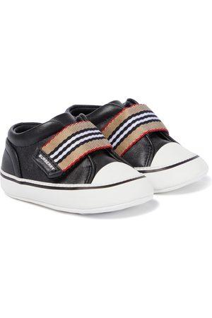 Burberry Sneakers Icon Stripe aus Leder