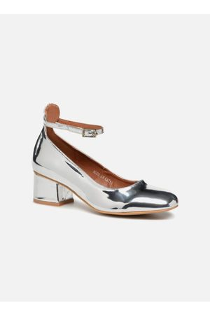 I Love Shoes CAMILLA by
