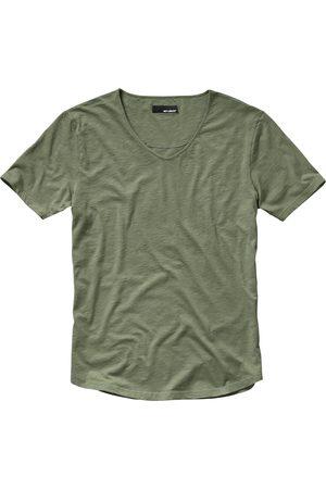 Mey & Edlich Herren 130-Gramm-Shirt gruen