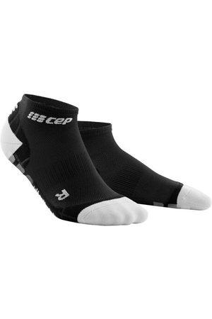 CEP Ultralight Pro Compression Low Cut Socks - Ultraleichte Kurzsocken mit Kompression zum Laufen für Damen, black/light grey, 34-37