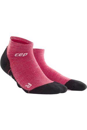 CEP Hiking Light Merino Compression Low Cut Socks - Kurze Kompressionssocken mit zum Wandern für Damen, wild berry, 40-43