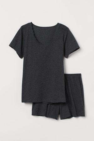 H&M Schlaf-T-Shirt und Shorts