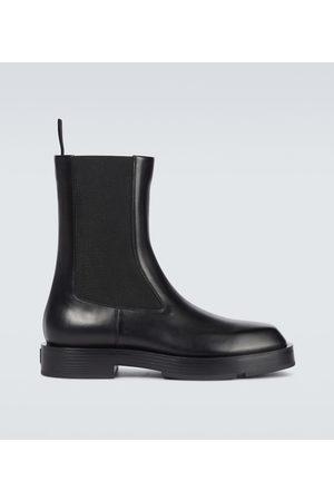 Givenchy Chelsea Boots Squared aus Leder