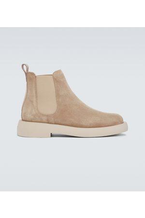 Clarks Chelsea Boots Mileno