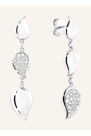 TAMARA COMOLLI Die langen SIGNATURE WAVE Ohrringe mit ihrer weichen Bewegung von 3 baumelnden Tropfen sind leicht und charmant. Der moderne Mismatch Look betont unser schönes Diamant Pavé. Eine perfekte Politur auf der leicht gewölbten Oberfläche vervolls