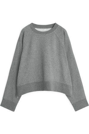 ARKET Oversized Cropped Sweatshirt