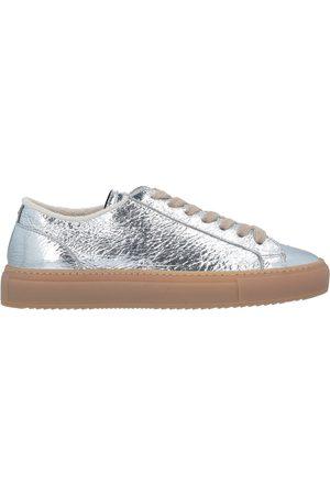 Doucal's SCHUHE - Low Sneakers & Tennisschuhe