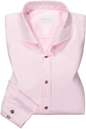 Dorani Trachtenhemd für Herren von in . Traditionell und modisch zugleich begeistert das schmale Modell aus hochwertiger Baumwolle. Elemente wie.... Mehr Details bei Lodenfrey.com