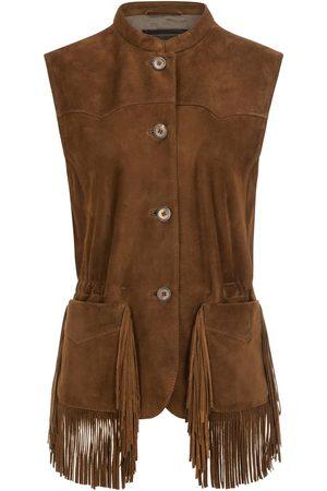 Meindl Wild Horses Trachten-Lederweste für Damen von in Terra Alpine. beweist wieder einmal den stilvollen Umgang mit Leder. Dieses Modell aus.... Mehr Details bei Lodenfrey.com