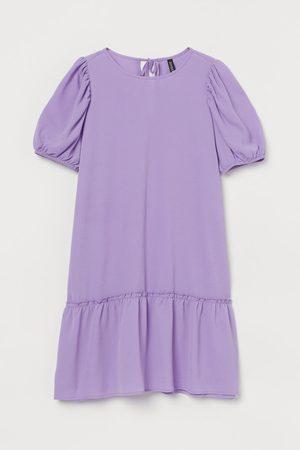 H&M Kleid mit Puffärmeln