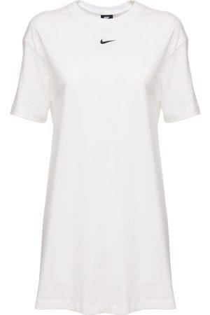 """Nike Kleid """"essential"""""""