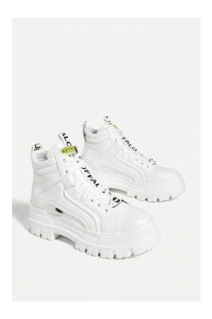 "Buffalo Sneakers Aspha Mid"" in"