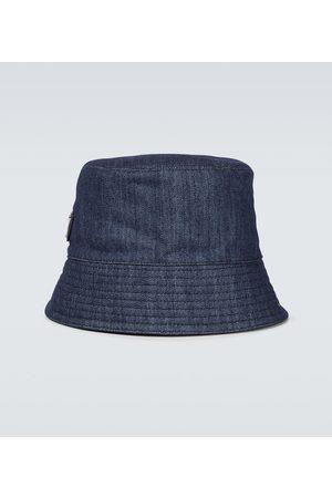 Prada Hut aus Denim
